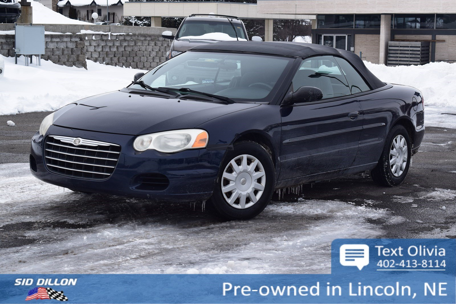 Pre-Owned 2004 Chrysler Sebring LX