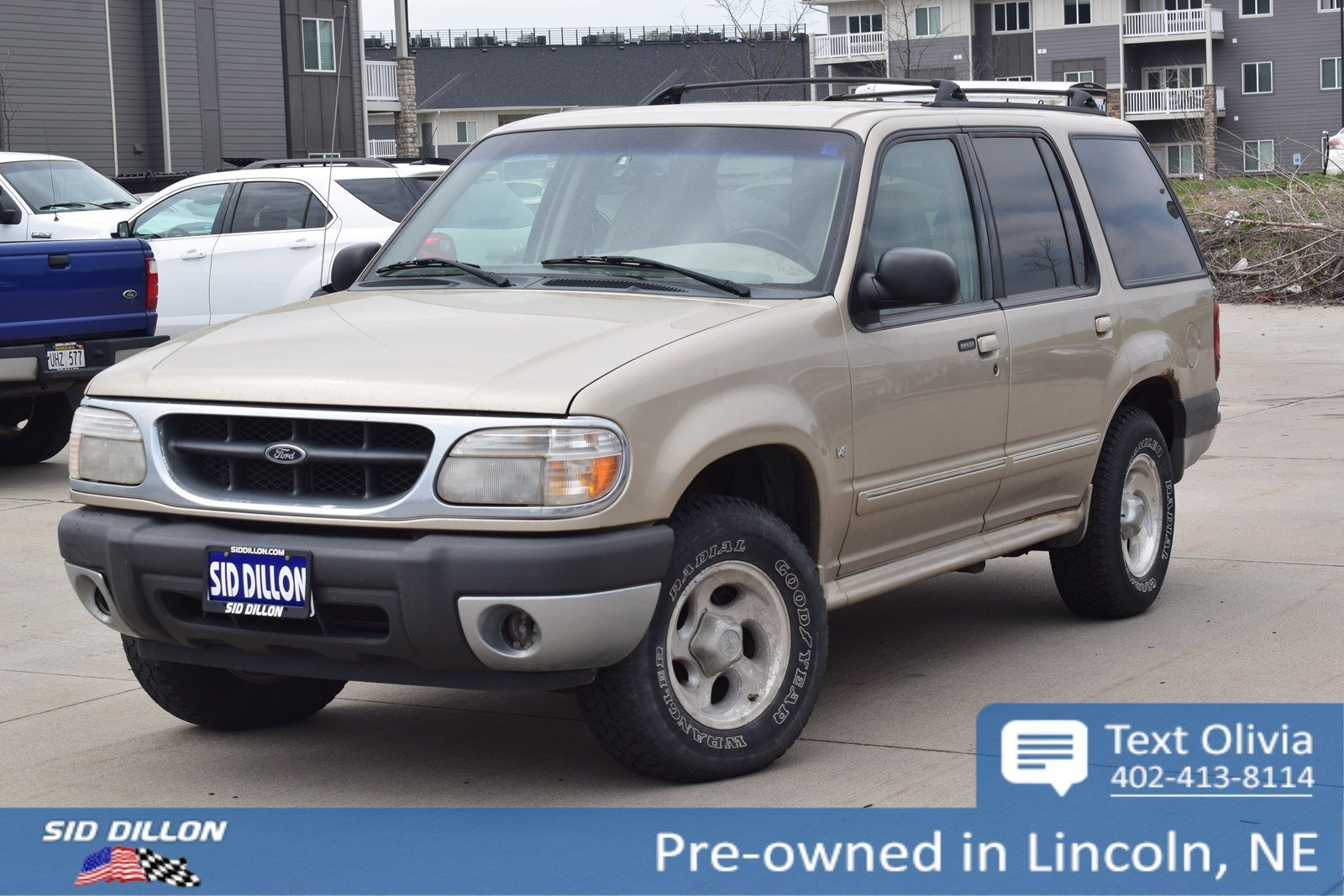 Pre-Owned 2000 Ford Explorer XLT