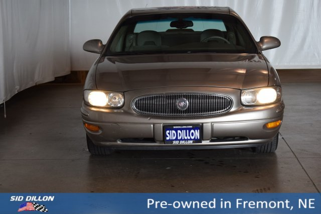 Pre-Owned 2002 Buick LeSabre Custom FWD 4 Door Sedan