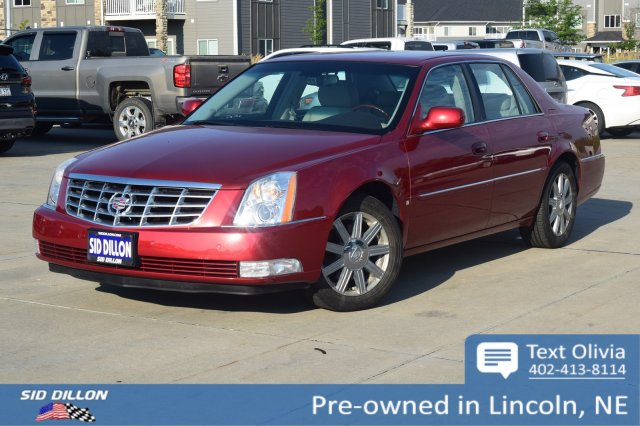 pre-owned 2007 cadillac dts luxury ii