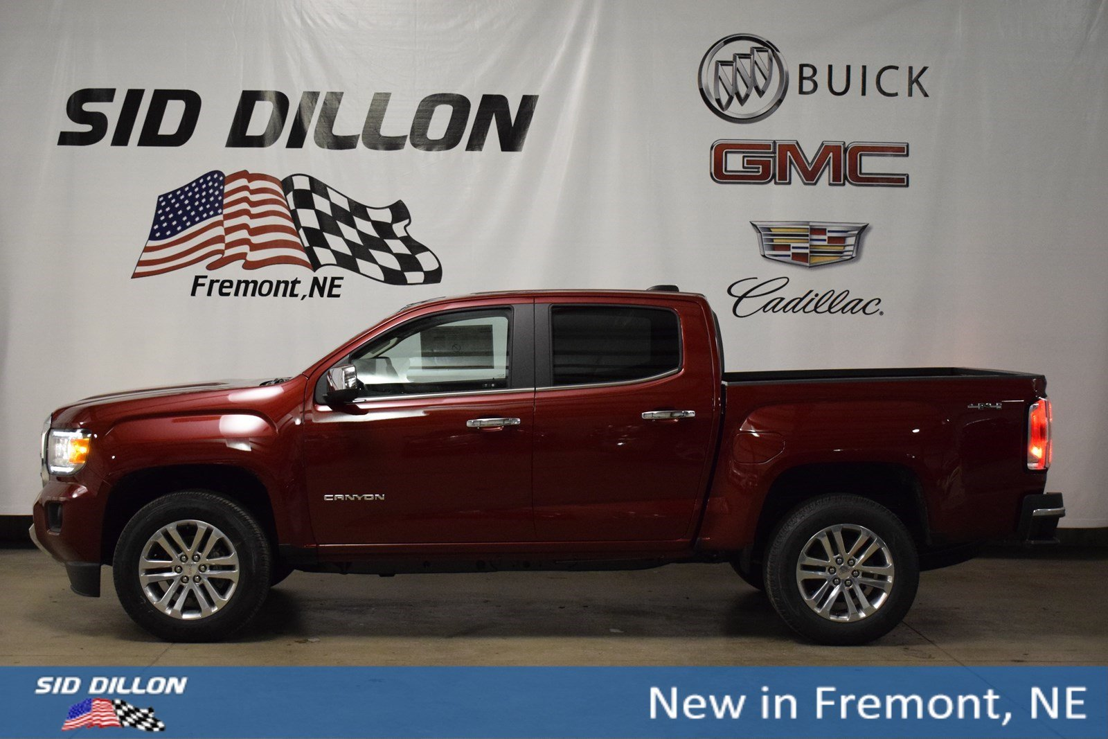 New 2018 GMC Canyon 4WD SLT