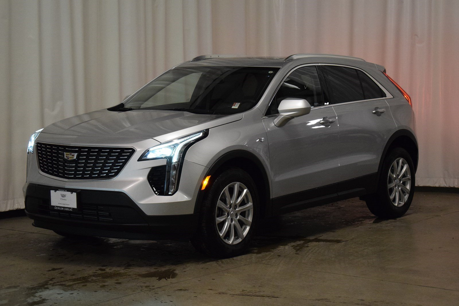 New 2019 Cadillac Xt4 Awd Luxury Suv In Fremont 2c19028 Sid