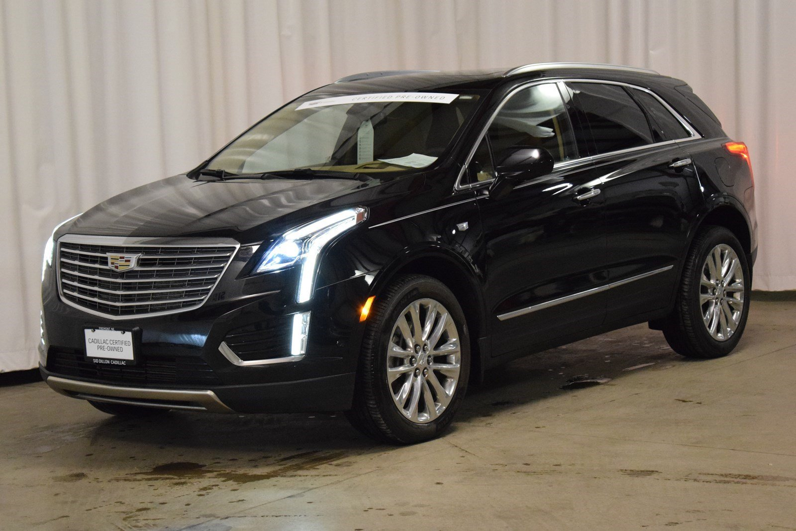 Certified Pre Owned 2017 Cadillac Xt5 Platinum Awd Suv In Fremont