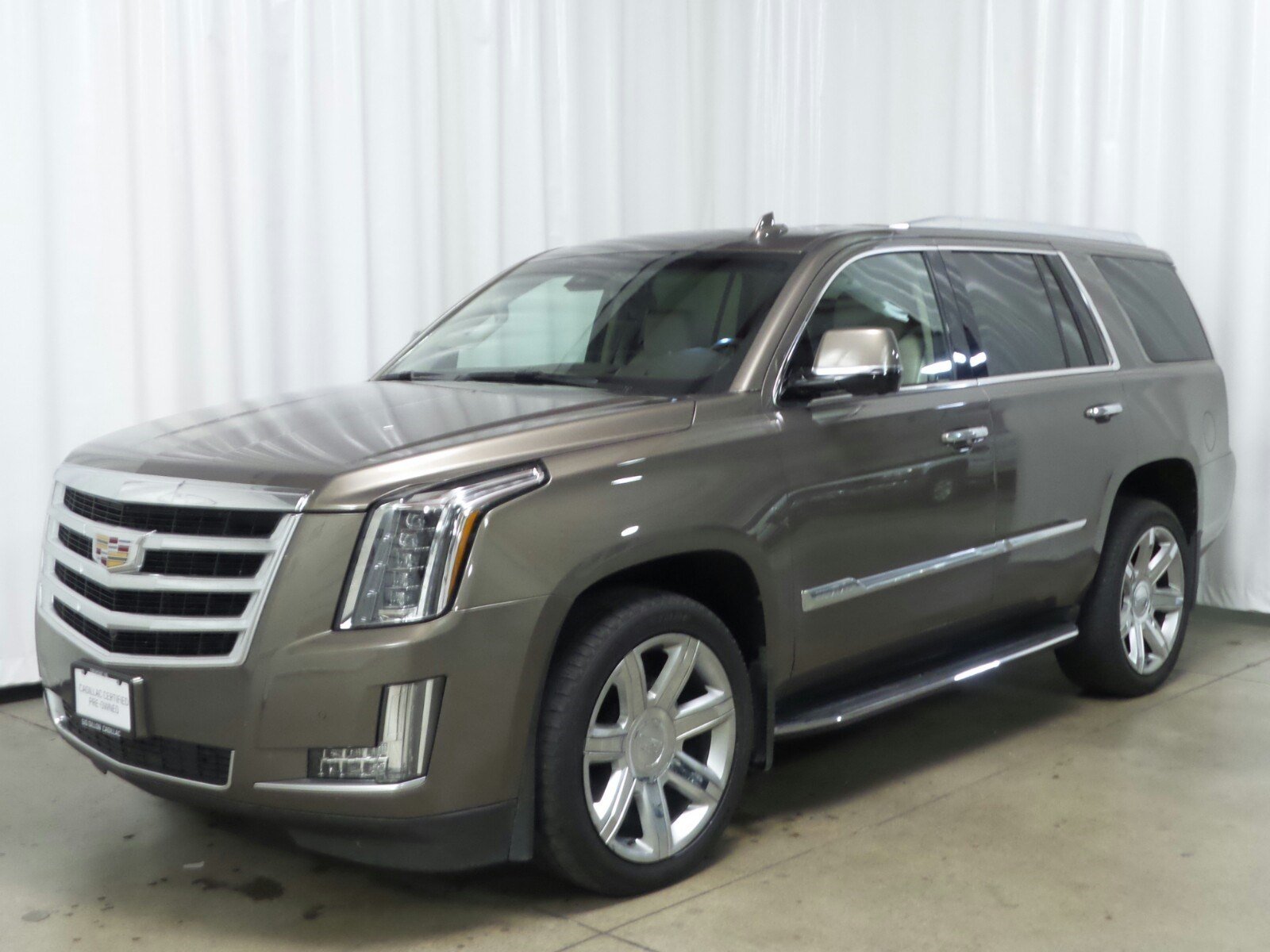 Certified Pre-Owned 2016 Cadillac Escalade Luxury Collection