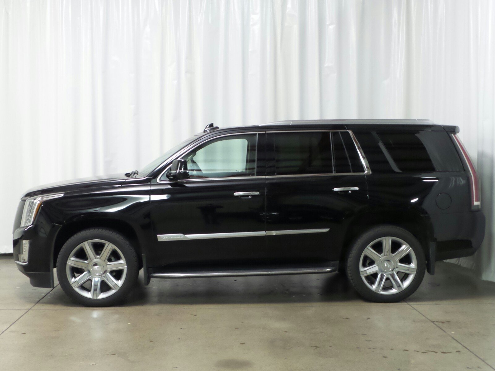Certified Pre Owned 2016 Cadillac Escalade Premium Collection SUV in