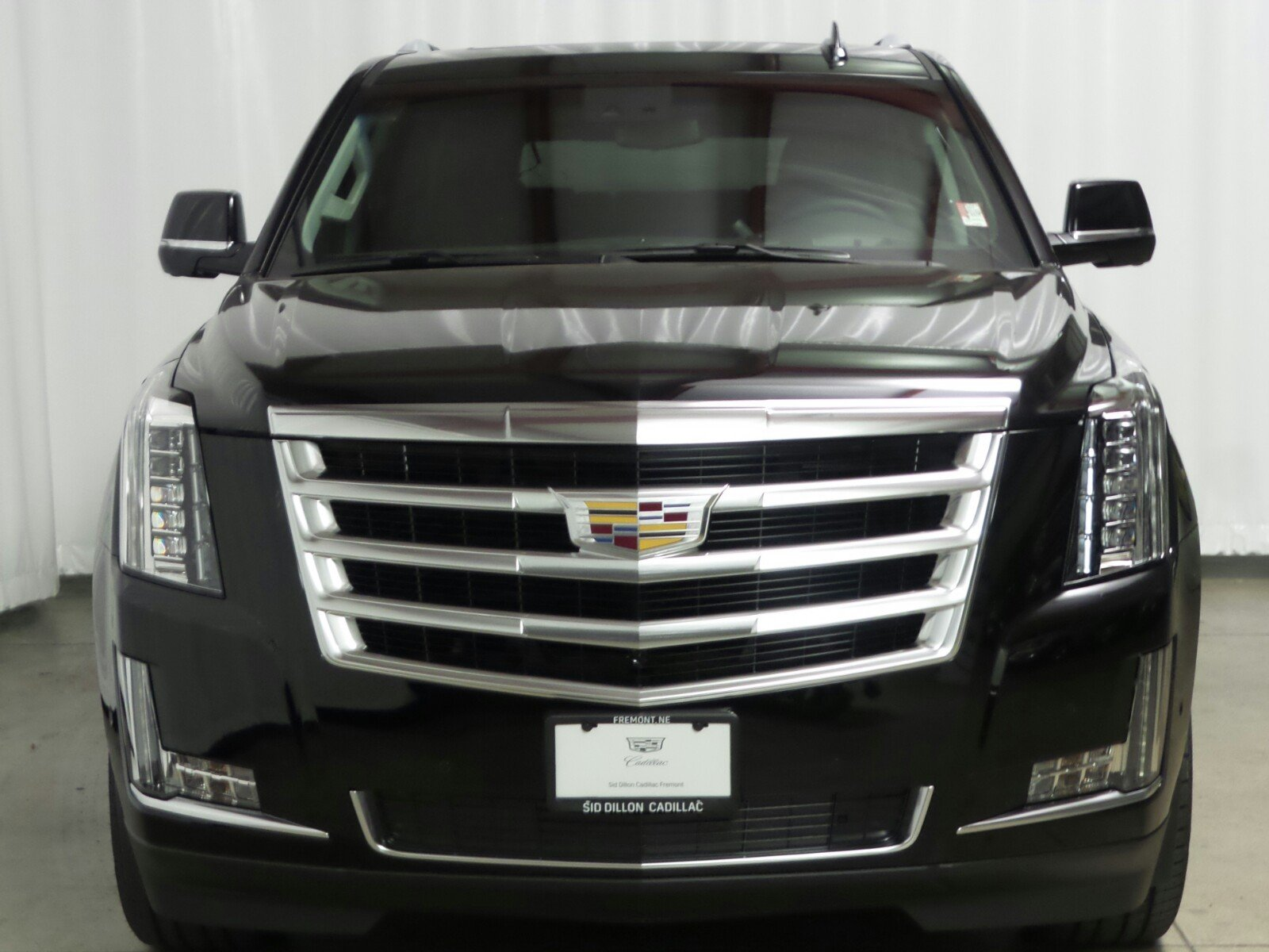 New 2017 Cadillac Escalade ESV Luxury SUV in Fremont ...