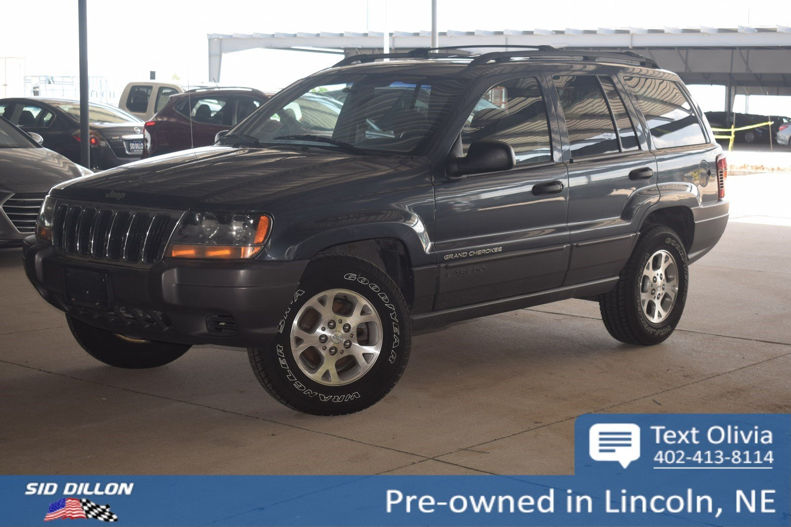 Pre Owned 2001 Jeep Grand Cherokee Laredo