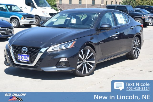 New 2020 Nissan Altima 2.0 Platinum