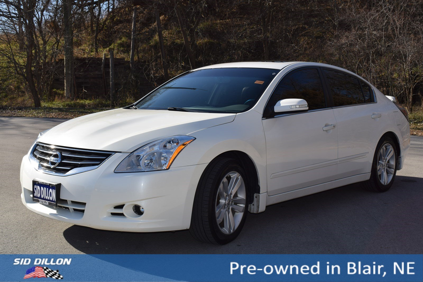 Pre Owned 2011 Nissan Altima 3 5 Sr 4 Door Sedan In Blair