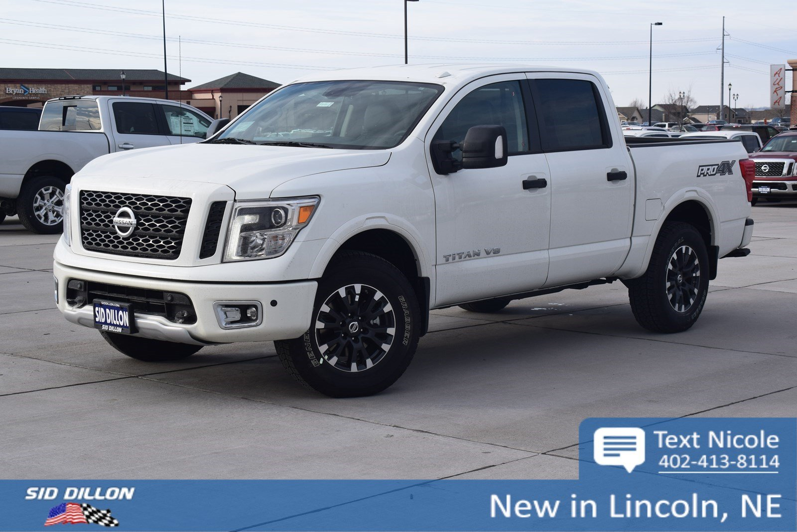 New 2018 nissan titan pro 4x crew cab in lincoln #4n18211 sid