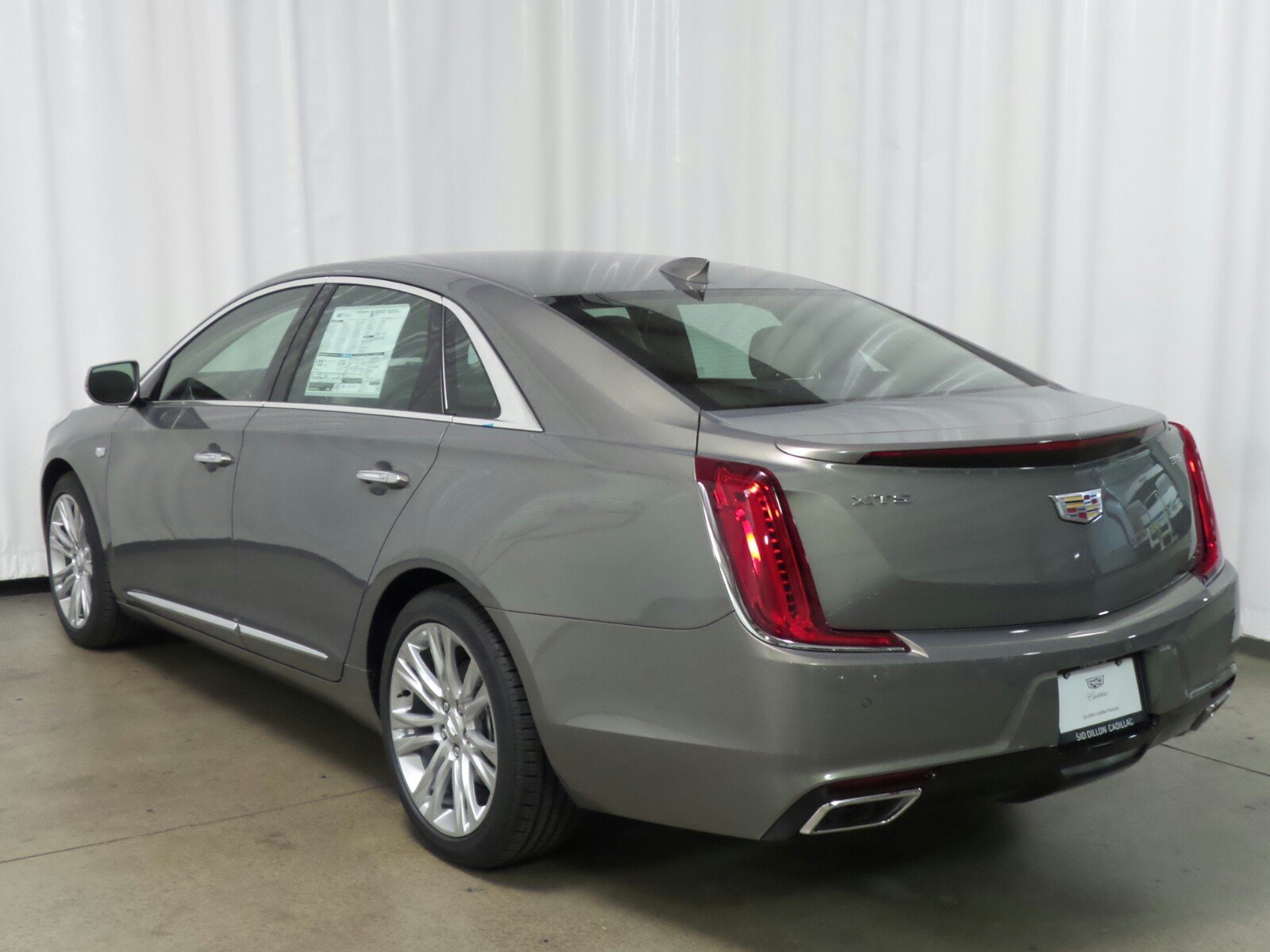 New 2018 Cadillac Xts Luxury 4 Door Sedan In Fremont