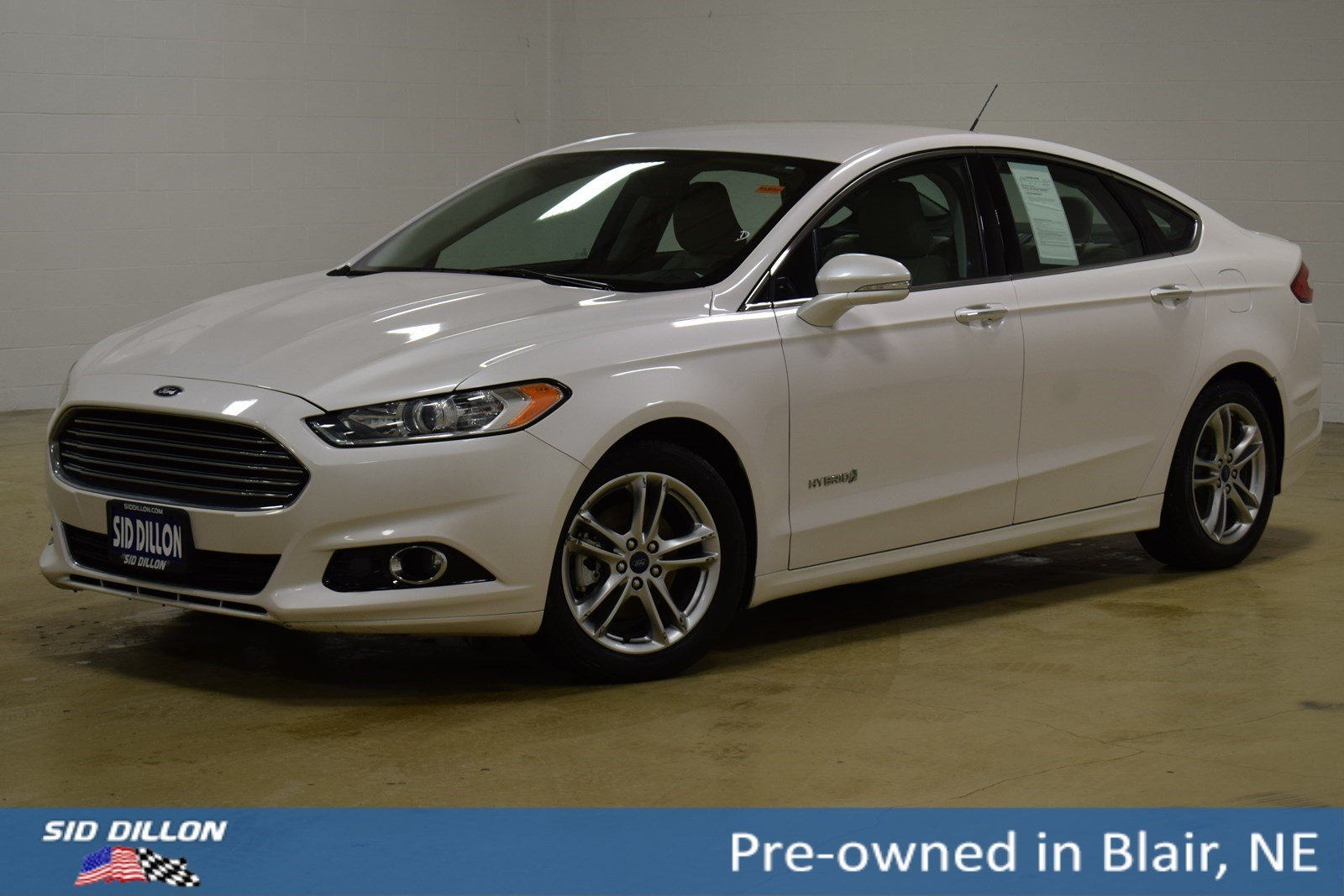 Pre Owned 2017 Ford Fusion Anium Hybrid