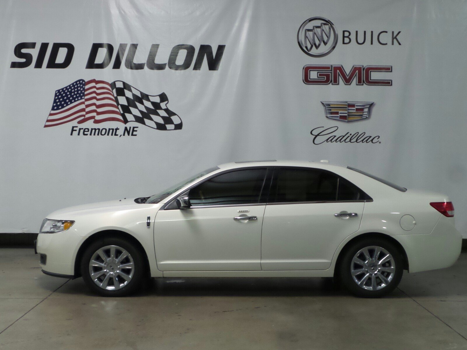 Pre-Owned 2012 Lincoln MKZ 4DR SDN AWD