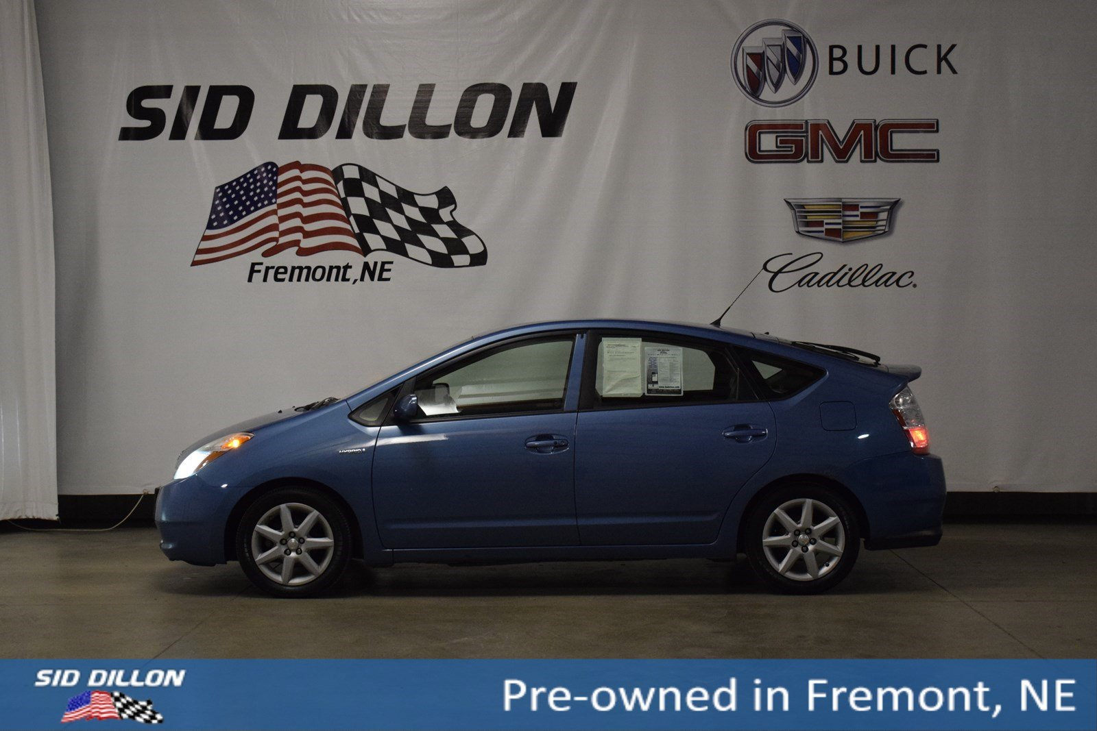 Pre-Owned 2007 Toyota Prius 4DR SDN HYBRID CV