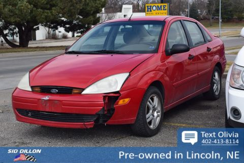 Pre-Owned 2000 Ford Focus SE