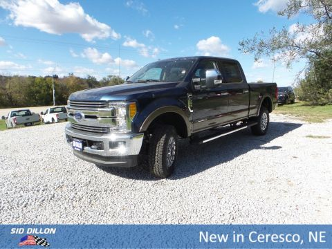 New 2017 Ford F-250 Lariat With Navigation & 4WD