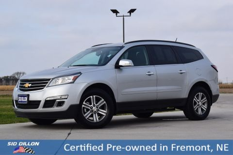 Certified Pre-Owned 2017 Chevrolet Traverse LT FWD SUV