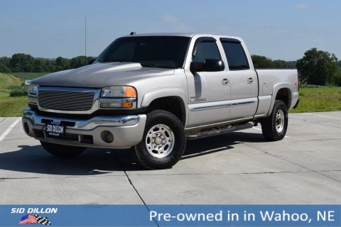 Pre-Owned 2005 GMC Sierra 2500HD SLE