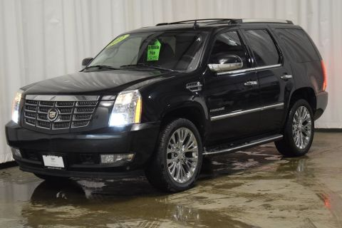 Pre-Owned 2012 Cadillac Escalade Luxury With Navigation & AWD