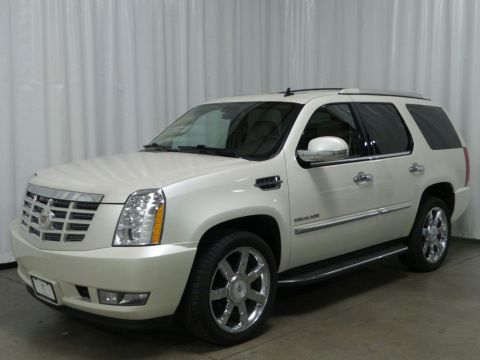 Pre-Owned 2010 Cadillac Escalade Luxury