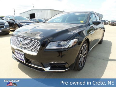 Pre-Owned 2017 Lincoln Continental Reserve With Navigation & AWD