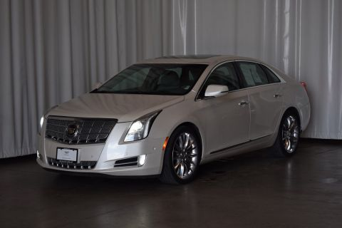 Pre-Owned 2015 Cadillac XTS Platinum