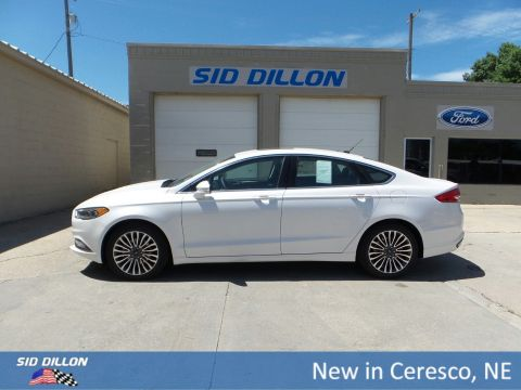 New 2017 Ford Fusion SE FWD 4 Door Sedan