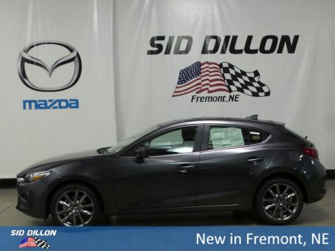 New 2018 Mazda3 Touring FWD Hatchback