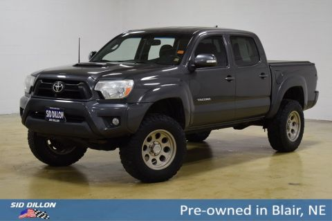 Pre-Owned 2012 Toyota Tacoma DBL CAB 4WD V6 AT