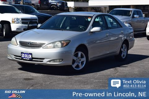 Pre-Owned 2004 Toyota Camry SE
