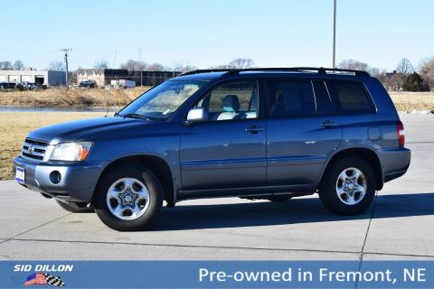Pre-Owned 2004 Toyota Highlander 4DR 2WD AT